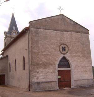 http://i2.wp.com/ladombes.free.fr/images/Les%20eglises/Marlieux/Eglise.JPG?w=660
