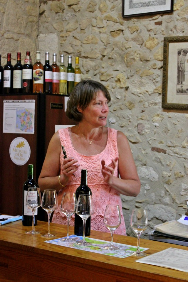 Tasting session at Domaine du Haut-Pécharmant.
