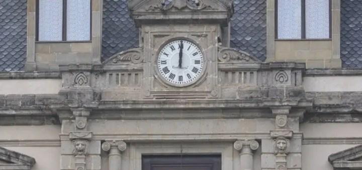 En defensa de El Hotel de los Secretos El-hotel-de-los-secretos-reloj-castaneda-locacion-capitulos-completos-videos-on-line-youtube