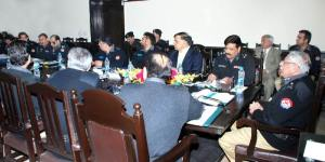 IG Khan Baig meeting with Lahore Police 12-02-13
