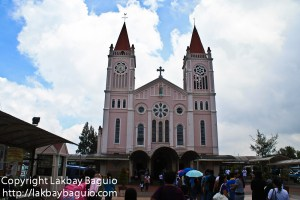 baguio city cathedral entrance