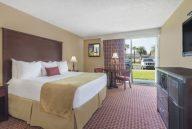 amenities in Travelodge lakeland fl