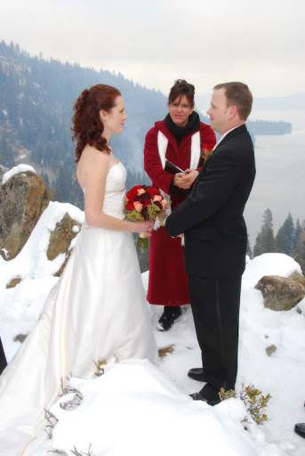 Tahoe Winter Wedding Tips and Ideas
