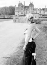 corset-mariee-noir-blanc-sur-mesure