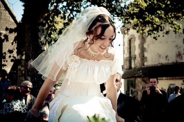 robe-de-mariee-corset-court-boheme-dentelle-coton-soie
