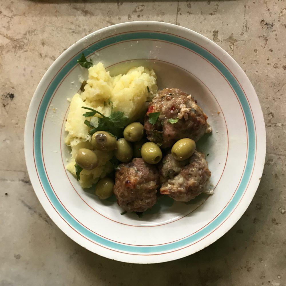 Boulettes de veau et purée de panés et pommes de terres
