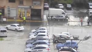 La calle inundada en La Vila.