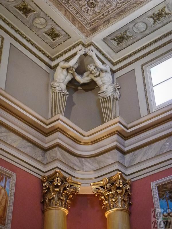 Salón de los Atlantes. Reial Cercle Artístic.