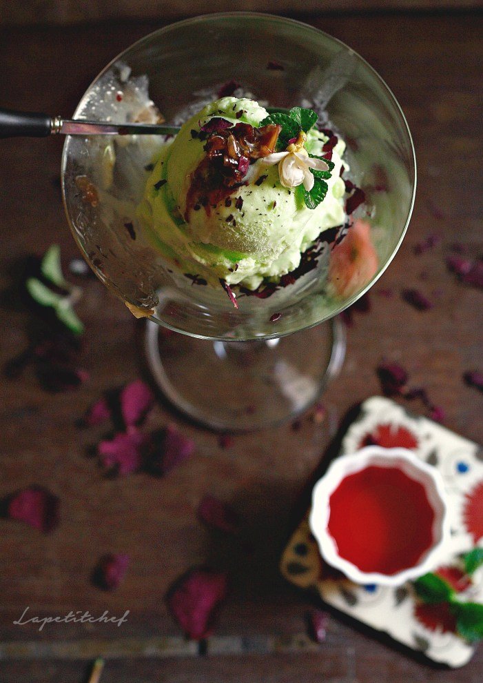 No churn, no ice cream machine needed to make this beautifully fresh and zingy betel leaf or paan ice cream topped with some homemade gulkand jam (rose petal jam), crumbled pistachios, chocolate chips and finally topped with a drizzle of rose syrup!!