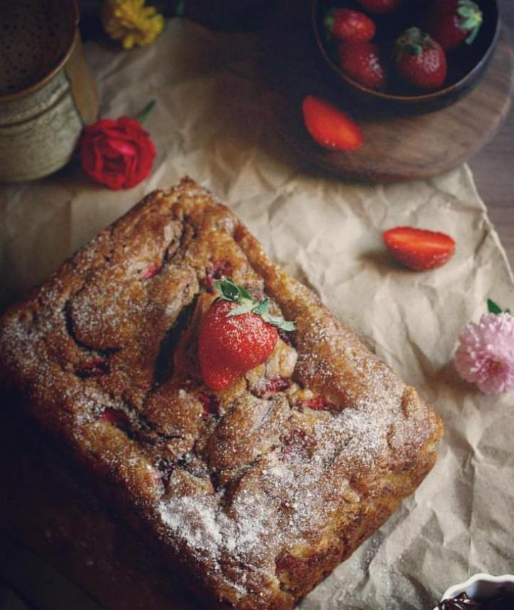 Banana strawberry bread, perfect for mother's day!