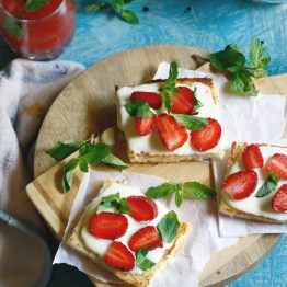 Strawberry cream cheese toast