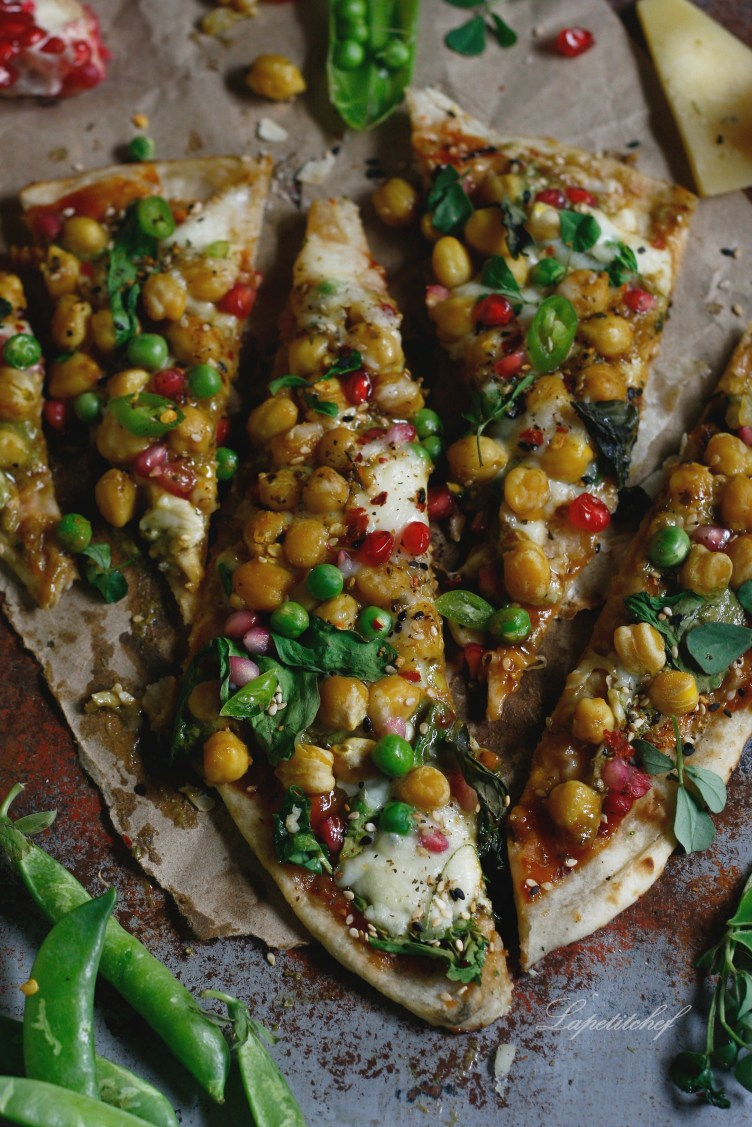 Organic za'atar roasted chickpea naan pizza