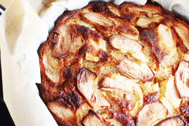 tarta de manzana lista para comer