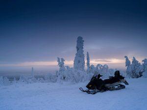 Snowmobile-Lapland
