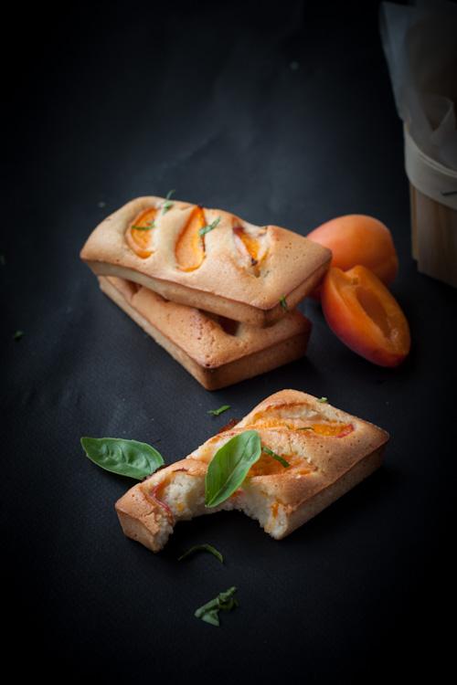 financiers abricot huile d'olive basilic2