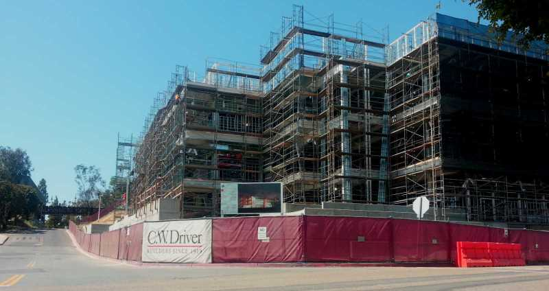 Construction on the new Sciences Building at Saddleback College continues at a steady pace. (Anibal Santos)