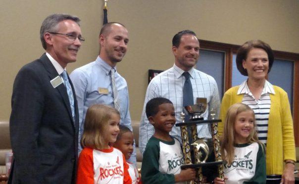 Hoosier Road wins the Pasta Bowl Elementary Trophy