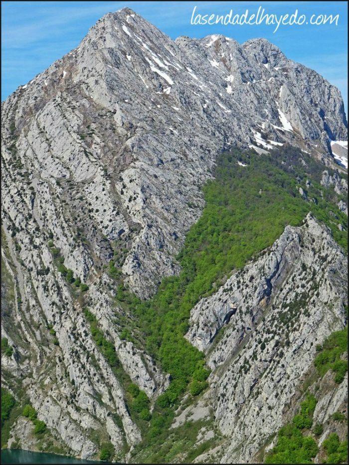 Las Pintas, soberbia montaña vista desde el Gilbo