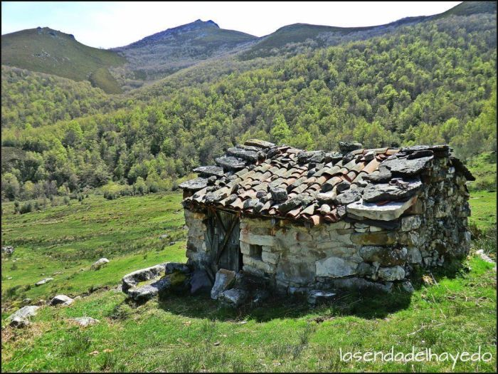 Cabana de piedra en L.lamaraxil