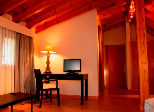 habitacion 1 escritorio
