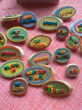 Handmade pins by Muted Talks // http://www.mutedtalks.com/index/