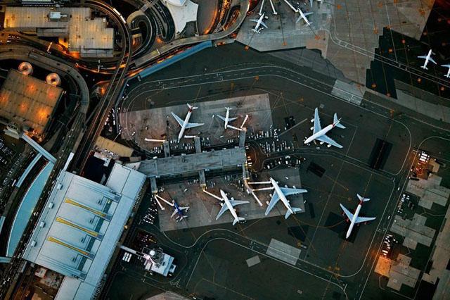 Flying by Jeffrey Milstein