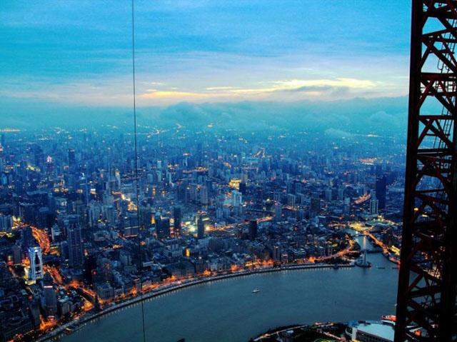 Crane operator photos of Shanghai