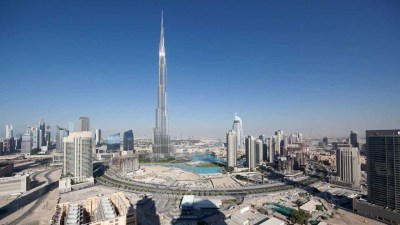 Beautiful Time-Lapse Video of 24 Hours in Dubai on 11/11/11