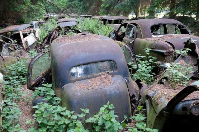 The Chatillon Car Graveyard