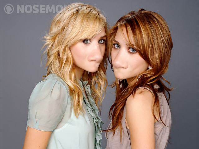 Nosemouth Mary-Kate and Ashley Olsen
