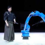 Japanese Sword Master Tests His Skills Against an Industrial Robot in an Incredible Demonstration