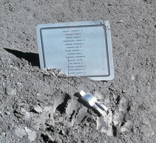 Fallen Astronaut by Paul Van Hoeydonck