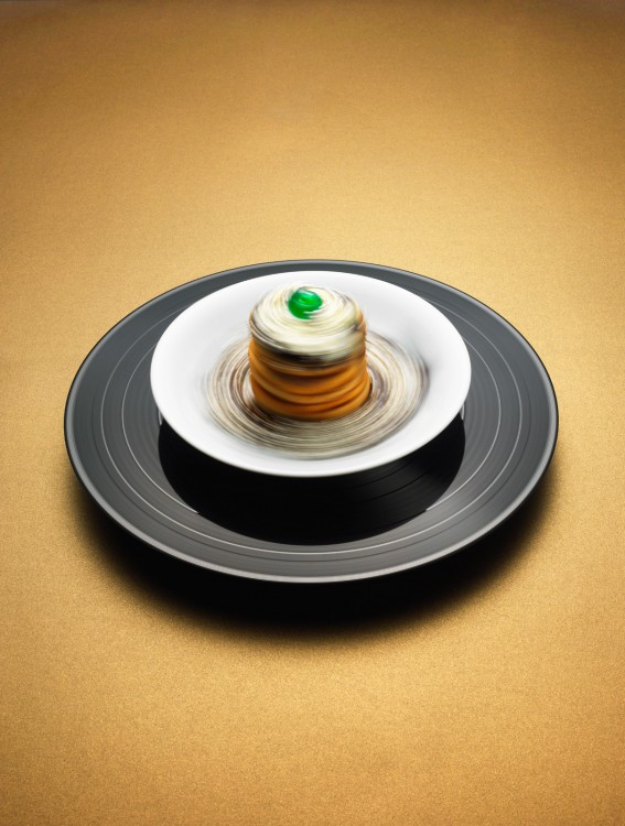 33 RPM by Philip Karlberg