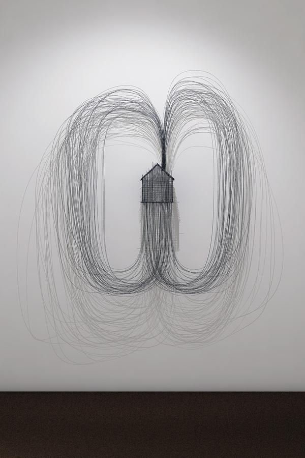Wire sculptures by David Moreno
