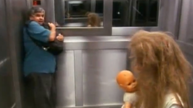 Phantom Girl in Elevator (Prank) by Programa Silvio Santos
