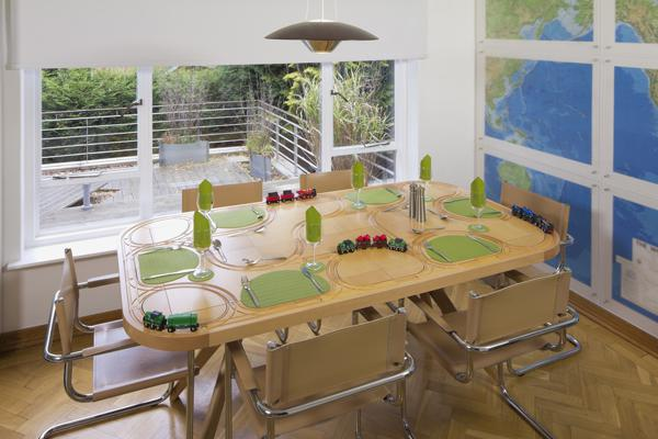 TrackTile Table