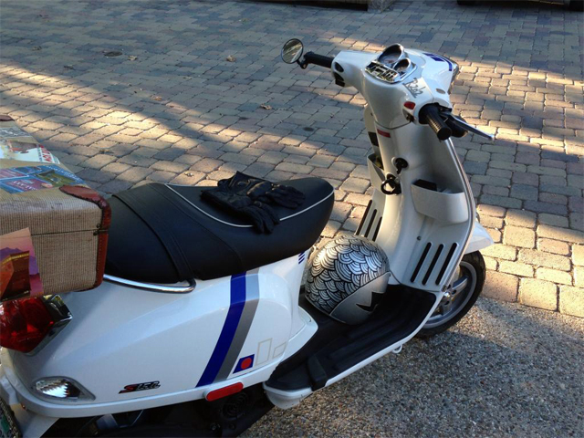 Custom R2-D2 Themed Vespa Scooter by Morgan Senzamici