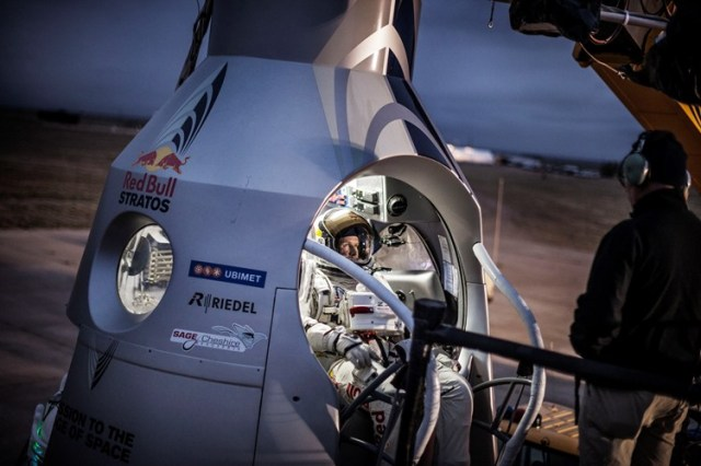 Red Bull Stratos Supersonic Free Fall