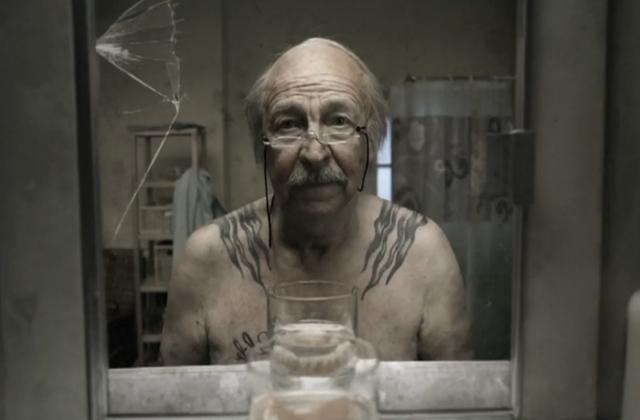 Le Miroir Screen 4