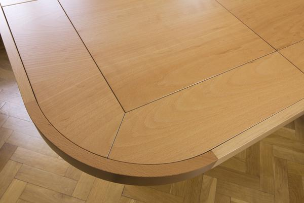 TrackTile Table Corner