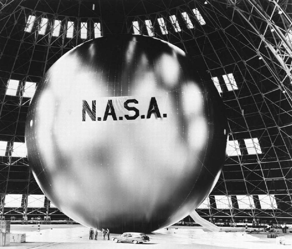 Beginning the Age of Satellite Communication: Echo 1, August 1960 (1/3)
