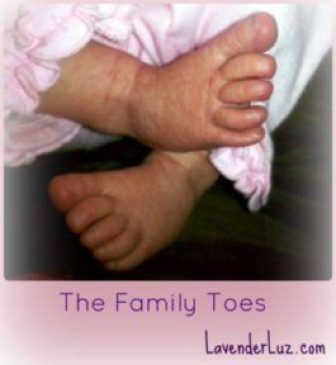 newborn baby toes