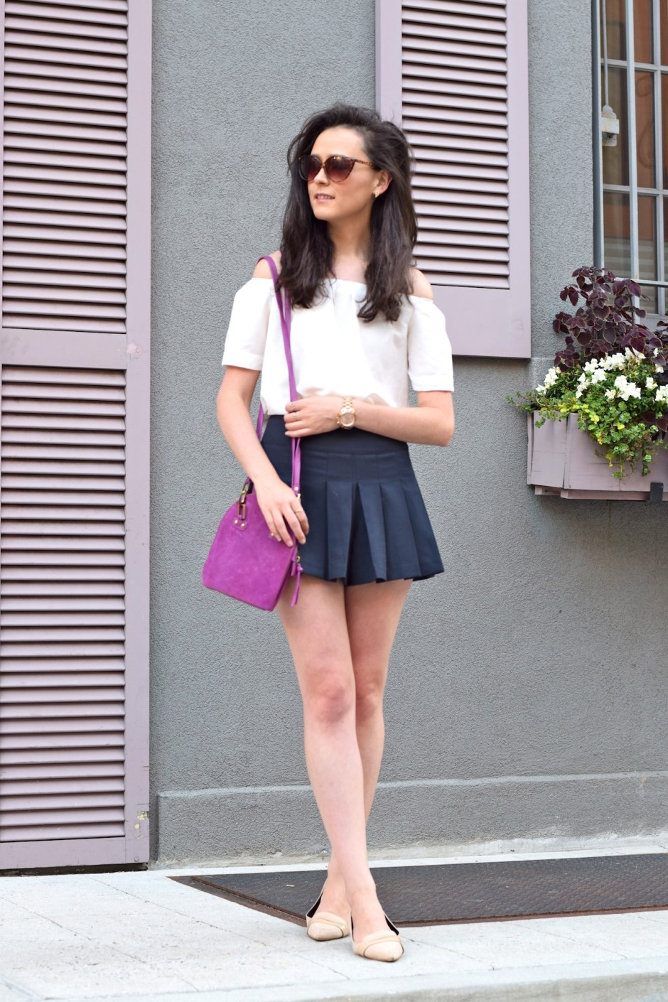irish fashion: Off The Shoulder Top and Pleated Skirt 1