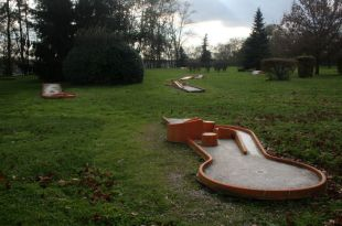 french miniature golf course