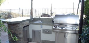 15' outdoor kitchen