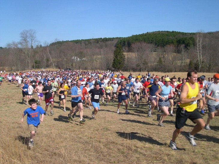 Start of the 2007 Leatherman's Loop. Dan Cummings keeping up the pace (blue shirt bib #375)
