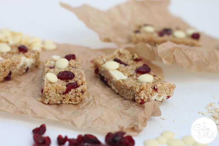 No Bake Cranberry and White Chocolate Cereal Bars