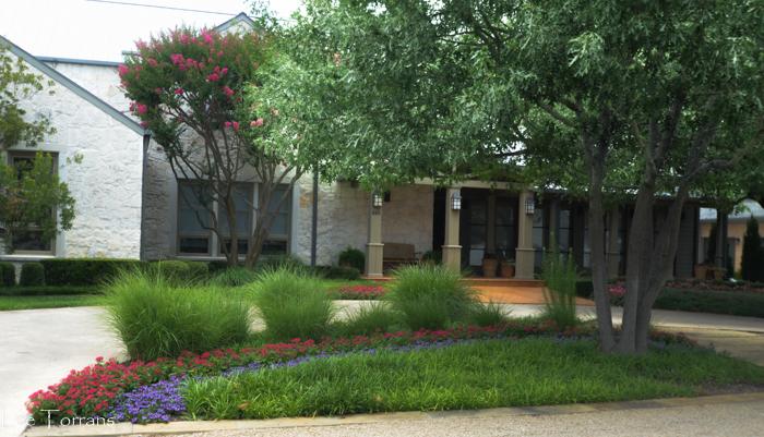 Median_Lee_Ann_Torrans_Dallas_Gardening