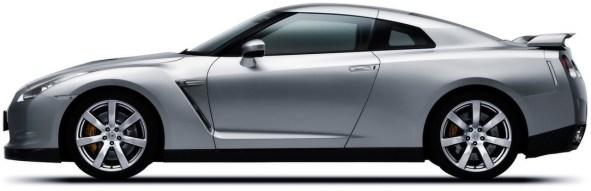 Nissan_GT-R_side