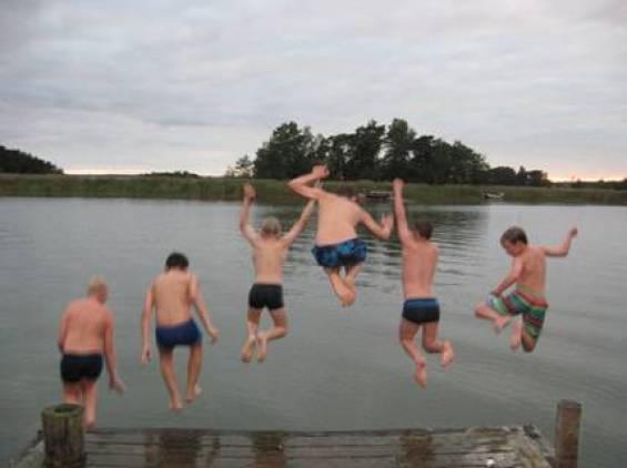 Veteen hypitään aina säätilasta riippumatta.